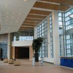 BELL CAMPUS PHASE 1  : comptoir de réception, panneaux muraux (lambris) et de plafond