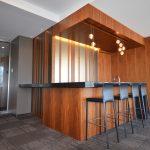 EVOLO 2 : mobilier intégré et comptoir bar
