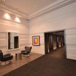 LE PETERSON : murs décoratifs, arche peinte