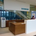 SIEMENS : reception desk and credenza